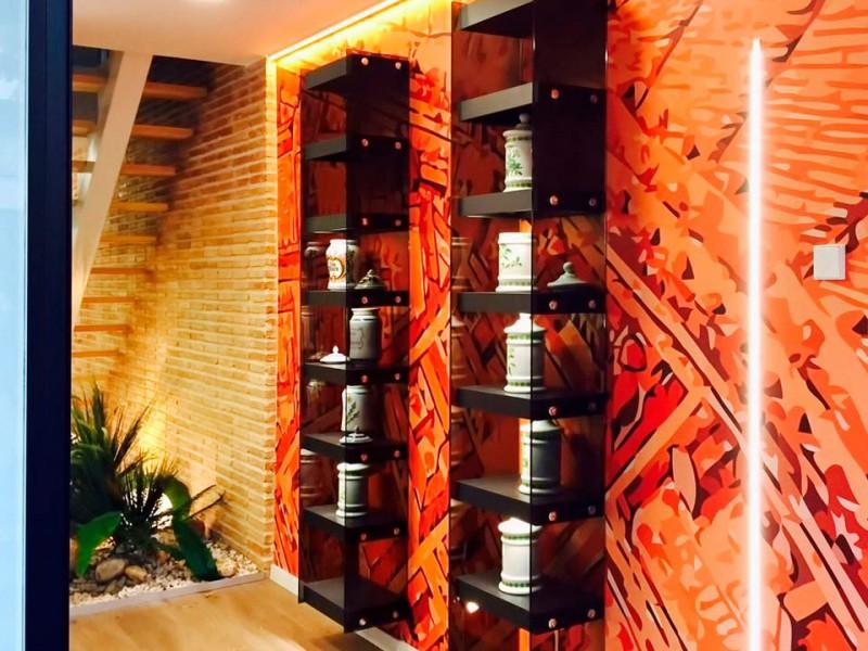 Decoración y mobiliario farmacia Mateu