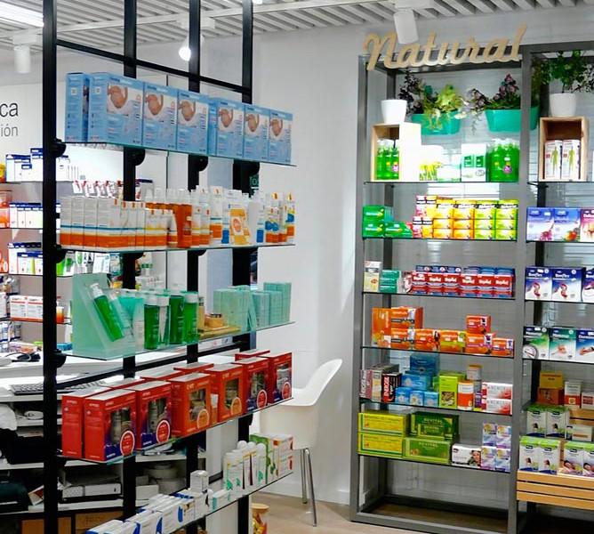Expositores farmacia Mateu