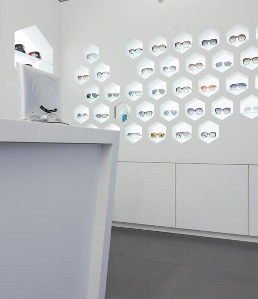 Mostrador y expositor Óptica Lancis