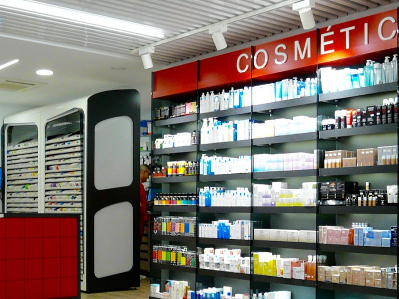 Expositor de zona cosmética y StockLight